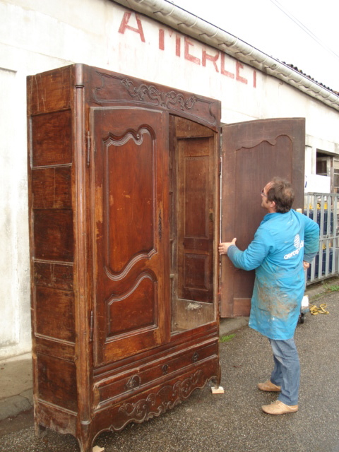 claude merlet antiquites brocante archive du blog restauration d une armoire fusil au. Black Bedroom Furniture Sets. Home Design Ideas
