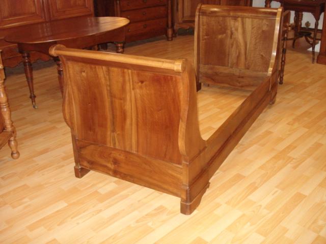 claude merlet antiquites brocante lit. Black Bedroom Furniture Sets. Home Design Ideas
