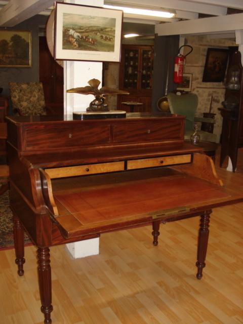 Claude merlet antiquites brocante bureau for Secretaire sous le bureau